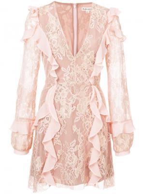 Кружевное платье с V-образным вырезом и оборками For Love And Lemons. Цвет: розовый и фиолетовый