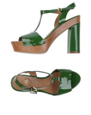 Сандалии NAIF. Цвет: зеленый