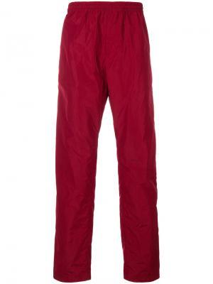 Спортивные брюки White Mountaineering. Цвет: красный