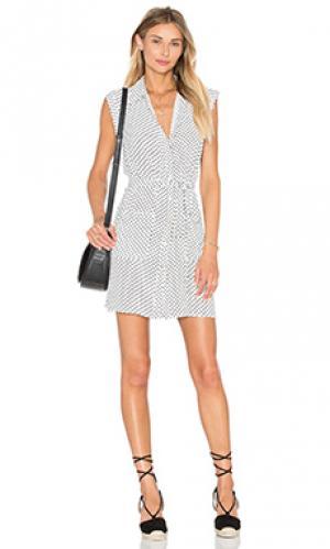 Платье-рубашка the sleeveless LAcademie L'Academie. Цвет: белый