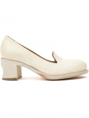 Туфли на низком каблуке Cherevichkiotvichki. Цвет: белый