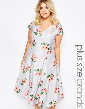 Truly You Платье миди с глубоким вырезом. Цвет: серый