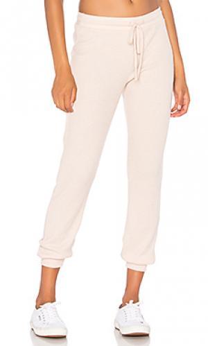 Трикотажные брюки malibu Nation LTD. Цвет: розовый