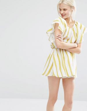I Love Friday Платье в полоску с рукавами рюшами. Цвет: мульти