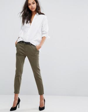 DL1961 Суженные книзу брюки Jessica Alba X DL. Цвет: зеленый