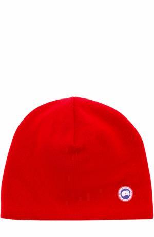 Шерстяная шапка с аппликацией Canada Goose. Цвет: красный
