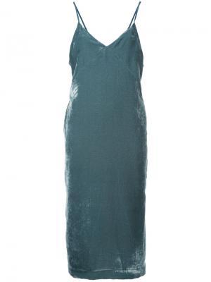 Бархатное платье без застежки Cityshop. Цвет: синий