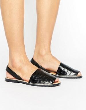 Park Lane Кожаные сандалии с отделкой под кожу крокодила. Цвет: черный