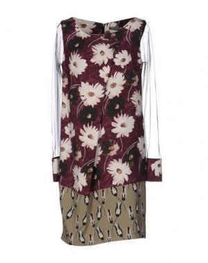 Короткое платье CARLA MONTANARINI. Цвет: розовато-лиловый