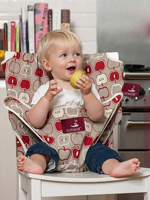 Дорожный детский стульчик Totseat. Цвет: бежевый, белый, красный