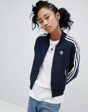Adidas Спортивная куртка с тремя полосами. Цвет: черный