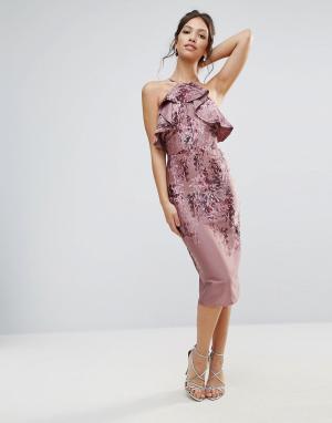 Hope and Ivy Платье-футляр с оборкой и вырезом на спине &. Цвет: фиолетовый