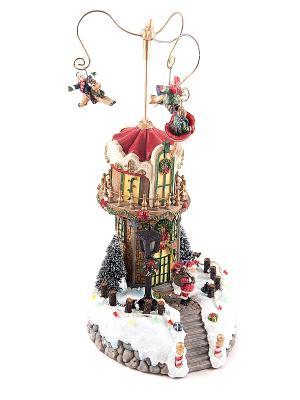 Новогодняя музык. композиция с подсветкой Домик Санты Русские подарки. Цвет: красный, белый, зеленый
