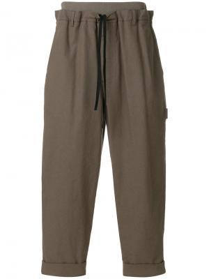 Укороченные зауженные брюки 3.1 Phillip Lim. Цвет: коричневый