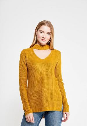 Пуловер QED London. Цвет: желтый