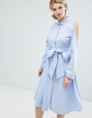 Lost Ink Длинное платье-рубашка с открытыми плечами. Цвет: синий