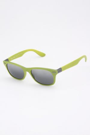 Очки солнцезащитные Ray-Ban. Цвет: зеленый