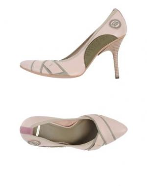 Туфли SHY. Цвет: светло-розовый