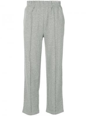 Укороченные спортивные брюки Stussy. Цвет: серый