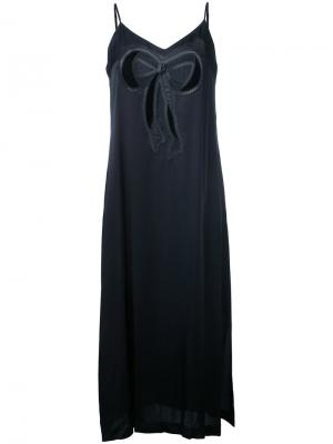 Платье-камисоль с аппликацией банта Muveil. Цвет: чёрный