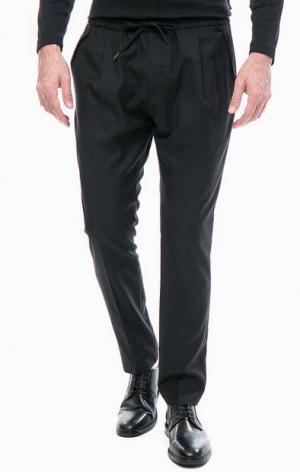 Зауженные черные брюки Antony Morato. Цвет: черный