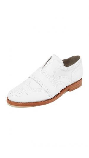 Ботинки на шнурках Maddie Hudson London. Цвет: белый