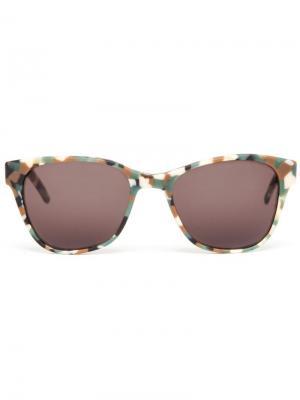 Солнцезащитные очки с камуфляжным узором Prism. Цвет: телесный