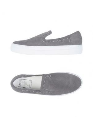 Низкие кеды и кроссовки W DABLIU. Цвет: серый