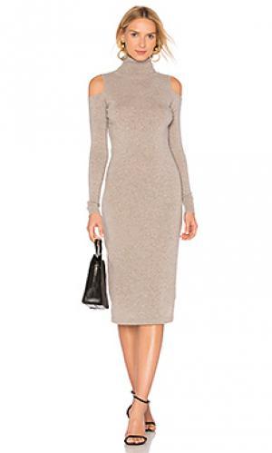 Облегающее платье с открытыми плечами Autumn Cashmere. Цвет: серо-коричневый