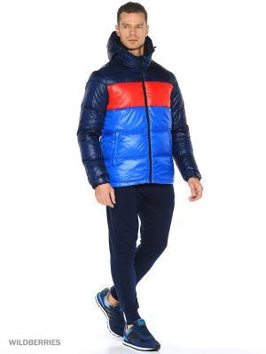 Куртка DD70 CB JKT Adidas. Цвет: темно-синий, лазурный, красный