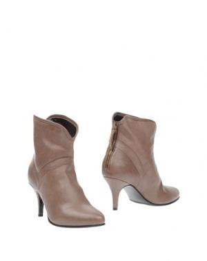 Полусапоги и высокие ботинки ROSAMUNDA. Цвет: светло-коричневый