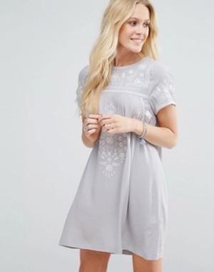 Little White Lies Свободное платье Moonchild. Цвет: серый