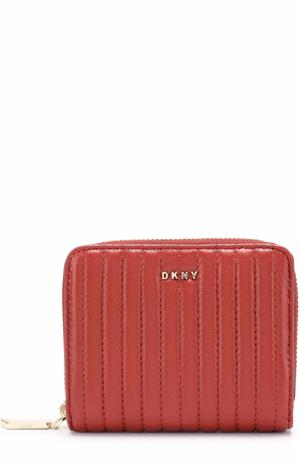 Портмоне из стеганой кожи на молнии DKNY. Цвет: красный
