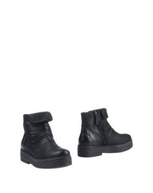 Полусапоги и высокие ботинки HANGAR. Цвет: черный
