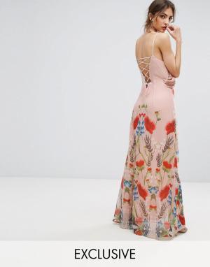 Hope and Ivy Платье макси с принтом и шнуровкой сзади &. Цвет: розовый