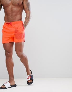 Nike Красные шорты для плавания средней длины Vital NESS8432-618. Цвет: оранжевый