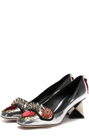 Туфли Jackie из металлизированной кожи с декором Dolce & Gabbana. Цвет: серебряный