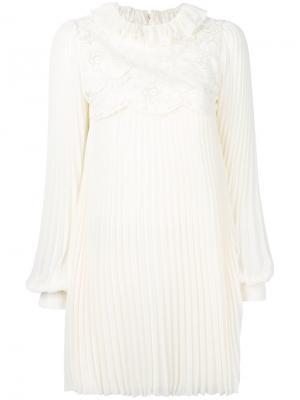 Плиссированное платье с цветочным принтом Philosophy Di Lorenzo Serafini. Цвет: телесный