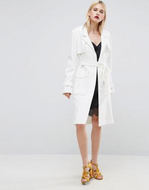 ASOS Mac in Structured Crepe with Oversized Pockets. Цвет: белый
