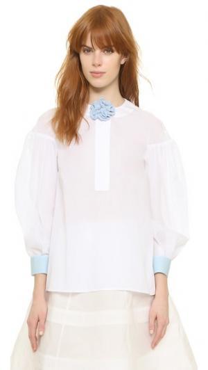 Объемная блуза со связанной крючком отделкой Vika Gazinskaya. Цвет: голубой