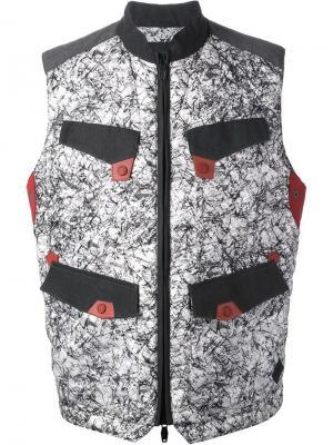 Куртки Moncler W. Цвет: серый