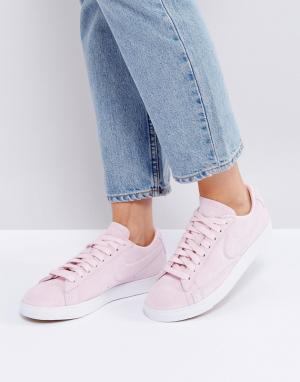 Nike Розовые низкие замшевые кроссовки Blazer. Цвет: розовый