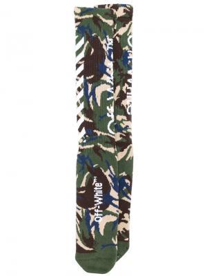 Носки с камуфляжным принтом Off-White. Цвет: многоцветный