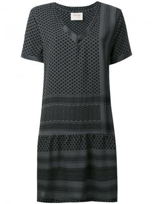 Платье с короткими рукавами и V-образным вырезом Cecilie Copenhagen. Цвет: зелёный