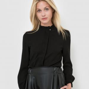 Блузка с воротником-стойка и длинными рукавами MOLLY BRACKEN. Цвет: белый,черный