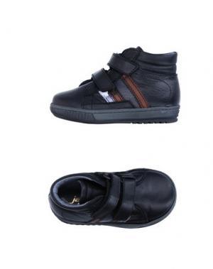 Низкие кеды и кроссовки JARRETT. Цвет: черный