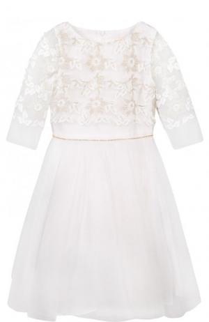 Платье-миди с декоративной вышивкой и кристаллами на поясе David Charles. Цвет: белый
