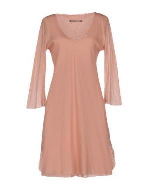 Короткое платье EUROPEAN CULTURE. Цвет: телесный