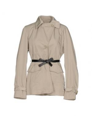 Легкое пальто HISTORIC RESEARCH. Цвет: бежевый