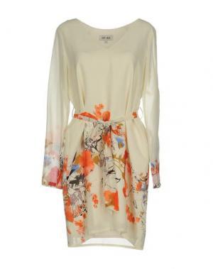 Короткое платье DRY LAKE.. Цвет: слоновая кость